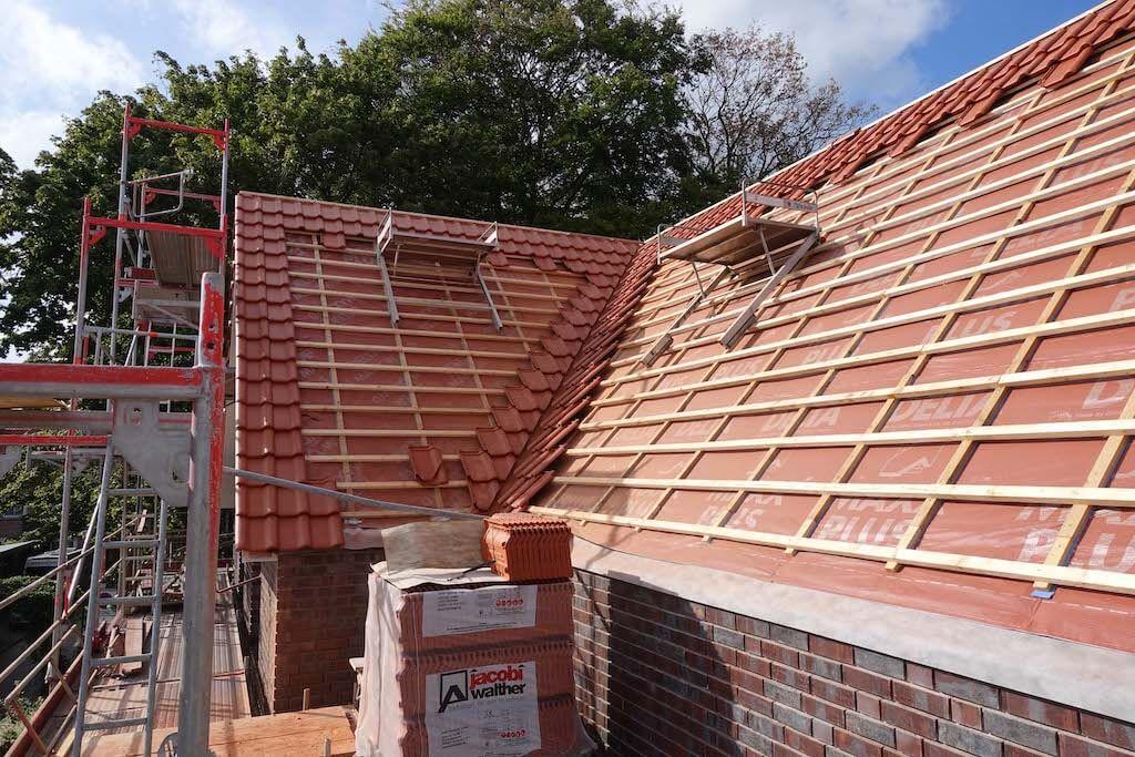 Dach einer Baustelle von der EBB