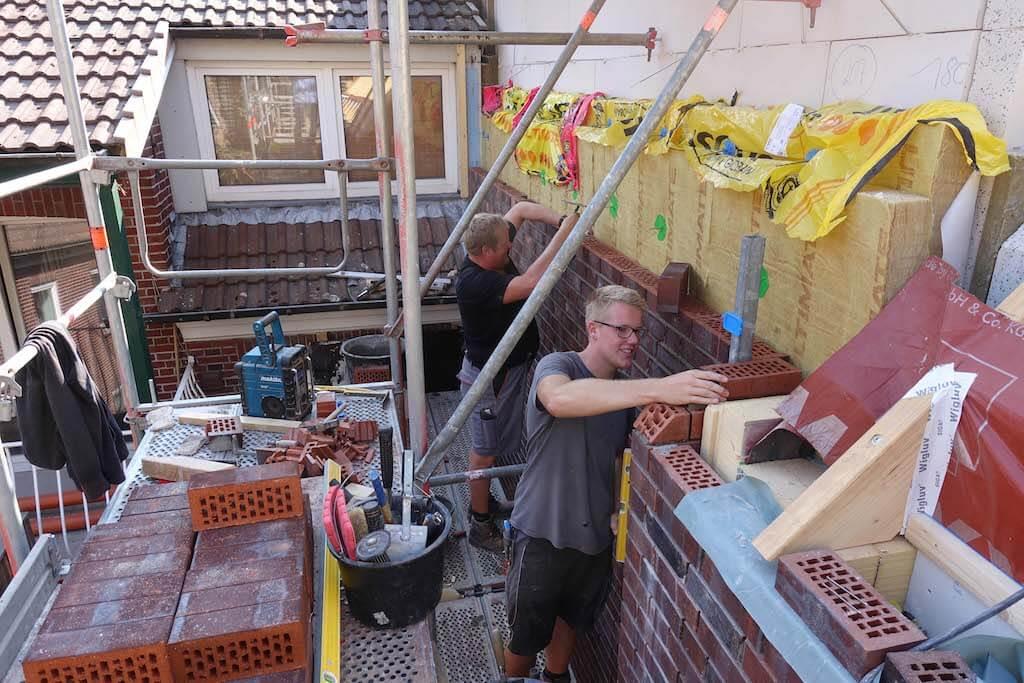Arbeiter auf der Butterstraßen Baustelle