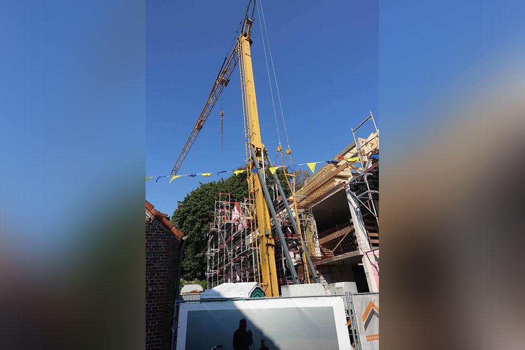 Kran auf der Baustelle in der Butterstraße
